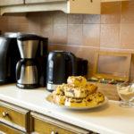 ciasto drożdżowe ze śliwkami kawa herbata dom kuchnia