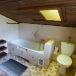 wspólna łazienka dla gości